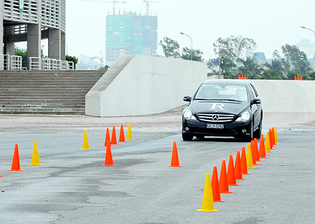 2012413314dp1nr9c3  thi bang lai xe hoi oto 1 - Trung tâm đào tạo lái xe ô tô hạng B2 tại Hà Nội