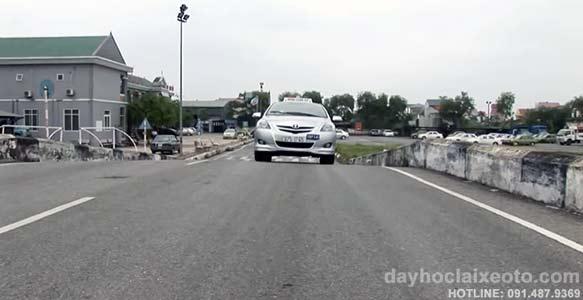 hoc bang lai xe b2 - Học bằng lái xe B2 tỷ lệ đậu cao tại Hà Nội- Số 10