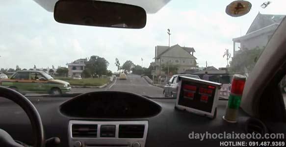 hoc bang lai xe o to - Học bằng lái xe B2 tỷ lệ đậu cao tại Hà Nội- Số 10