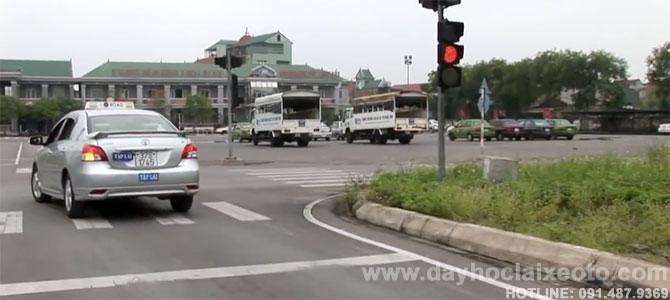 san bai hoc bang lai xe b2 - Học bằng lái xe B2 tỷ lệ đậu cao tại Hà Nội- Số 10