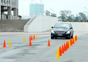 học lái xe tại Hà Đông