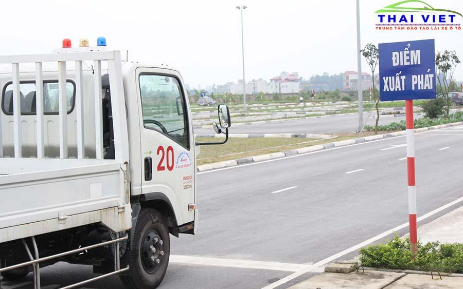 hoc lai xe o thanh xuan tot nhat - Học lái xe ô tô tại quận Thanh Xuân chất lượng #1