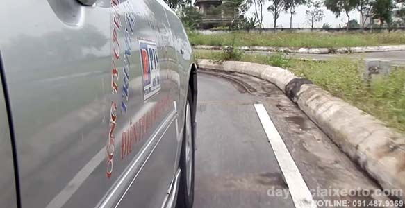 lui chuong - Hướng dẫn học lái xe ô tô và thi sát hạch bằng lái xe