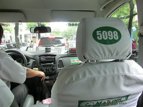 hoc lai xe de lai taxi
