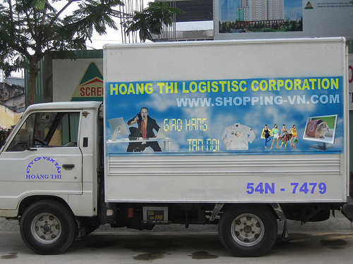 hoc lai xe tai - Học lái xe taxi học bằng gì, lái xe tải cần bằng gì ?