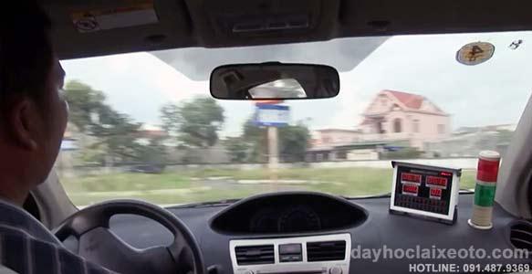 hoc lai xe o to bang B2 - Học lái xe ô tô bằng B2 chất lượng tốt ở Hà Nội