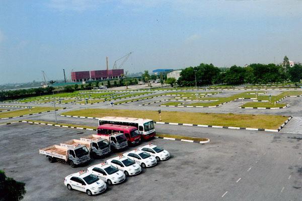 sân học lái xe ở long biên sài đồng