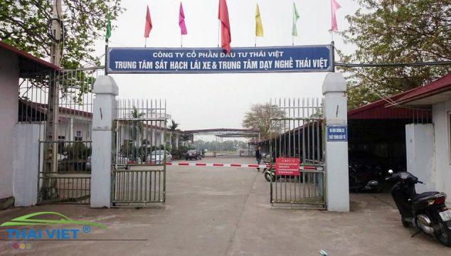 sân học lái xe ô tô tại Hà Nội