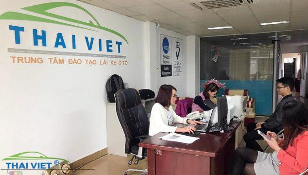 học lái xe ô tô tại trung tâm Thái Thịnh