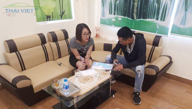hoc bang b2 het bao nhieu tien 634x360 - Học lái xe ô tô bằng B2 chất lượng tốt ở Hà Nội