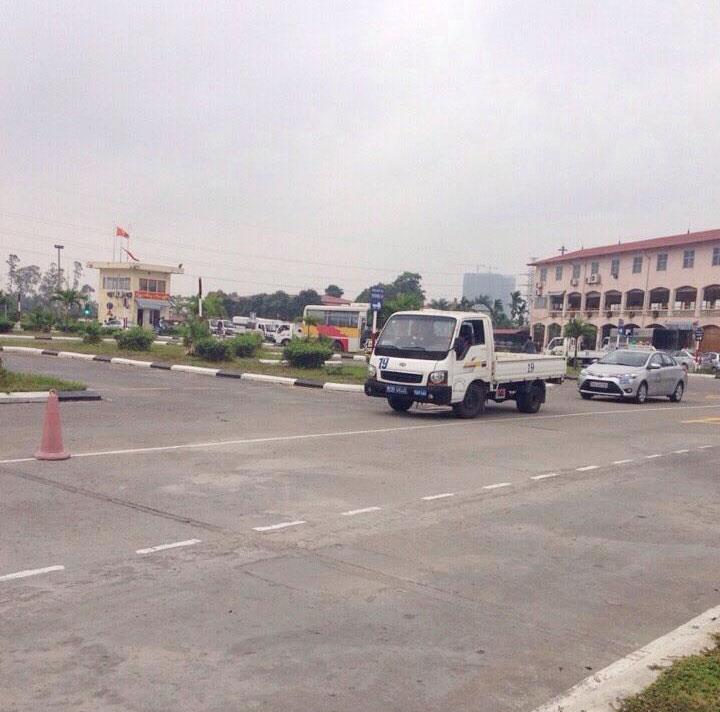 sân học lái xe nhổn