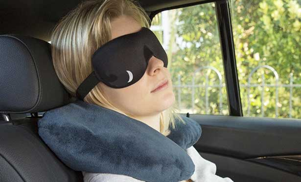 cách để chống buồn ngủ khi lái xe là ngủ