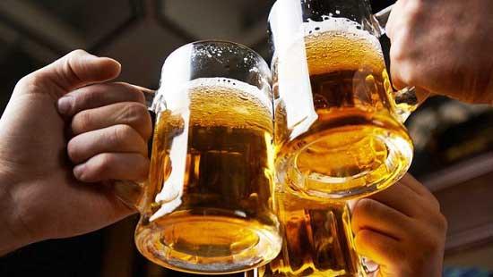 uống rượu bia là không lái xe